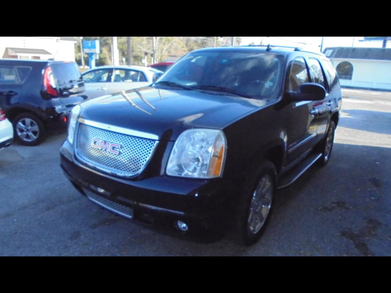 GMC Yukon 2WD 4dr 1500 Denali 2010