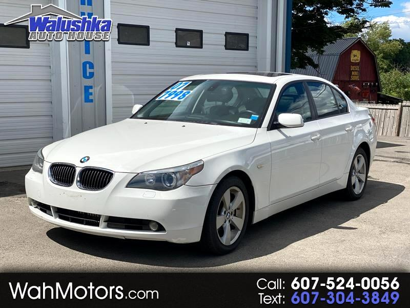 BMW 5-Series 530xi 2007