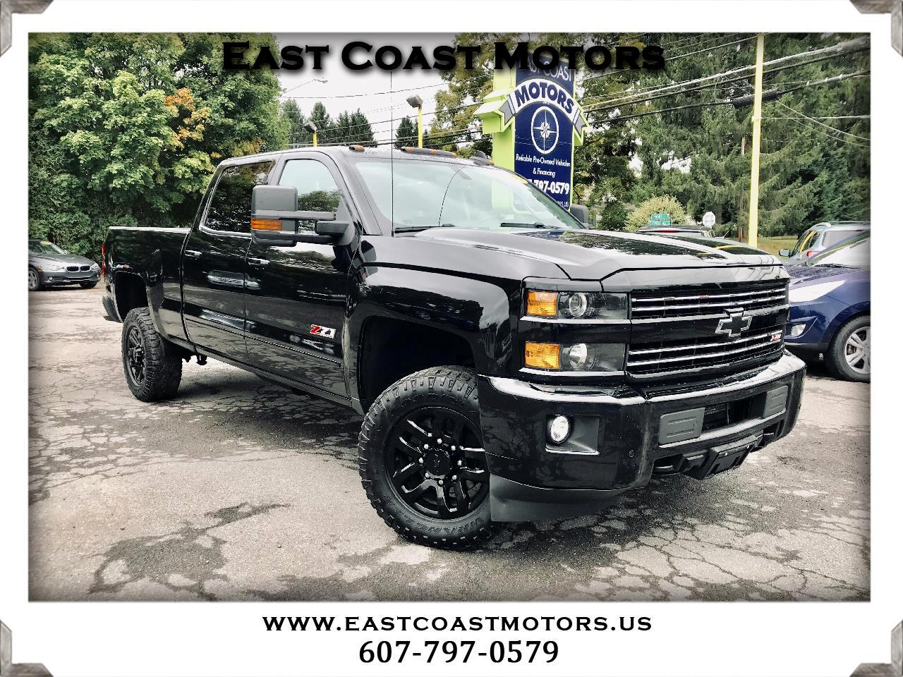 2016 Chevrolet Silverado 2500HD LT Crew Cab 4WD Midnight Edition Z71