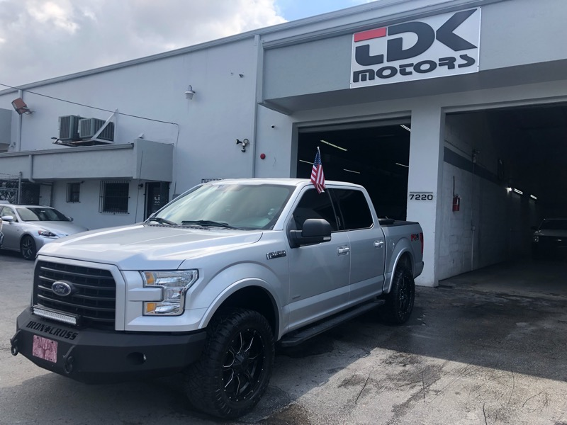 2015 Ford F-150 STX SuperCab 5.5-ft. Bed 4WD