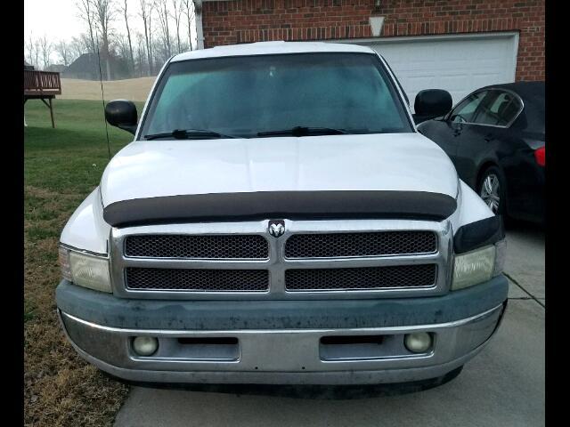 1999 Dodge Ram Pickup 1500 Club Cab 8-ft. Bed 2WD