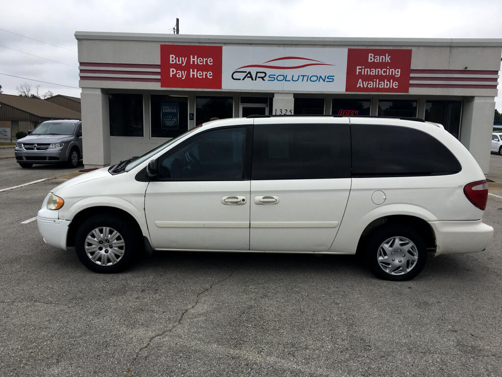 2005 Chrysler Town & Country 4dr LWB LX FWD