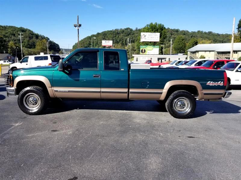 1996 Chevrolet C/K 2500 Ext. Cab 6.5-ft. Bed 4WD