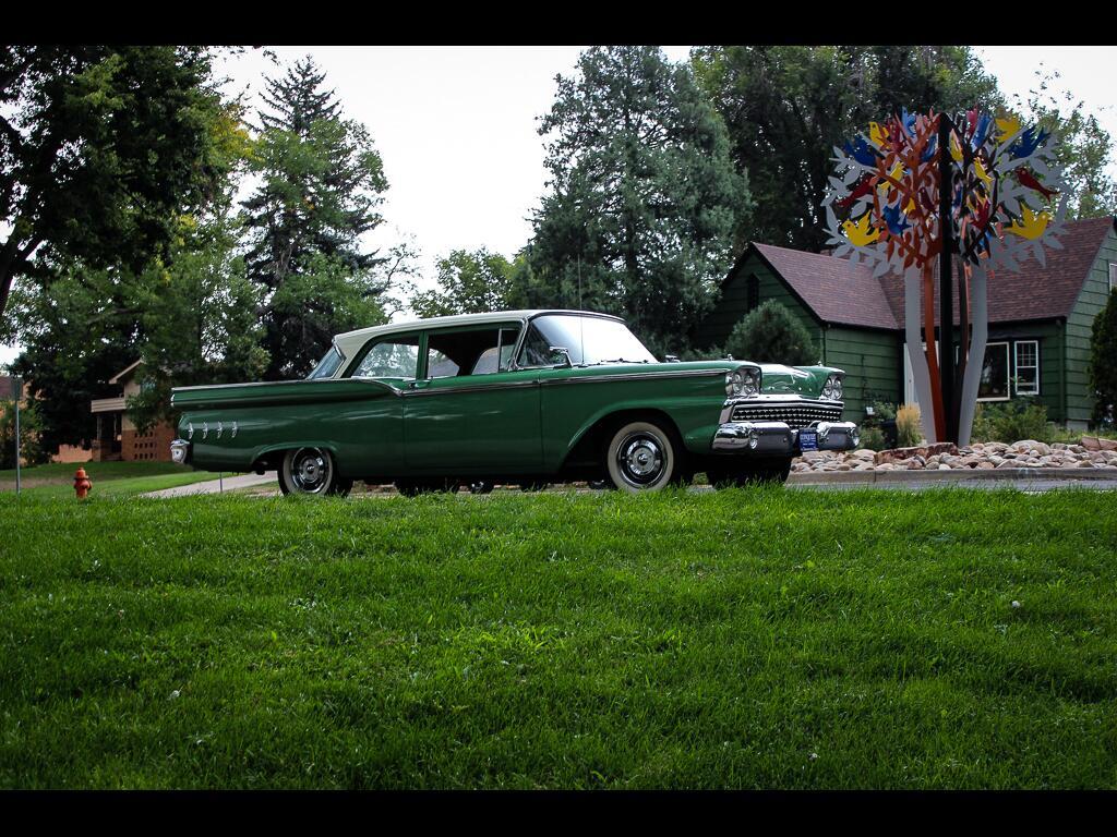 1959 Ford Fairlane Custom 300