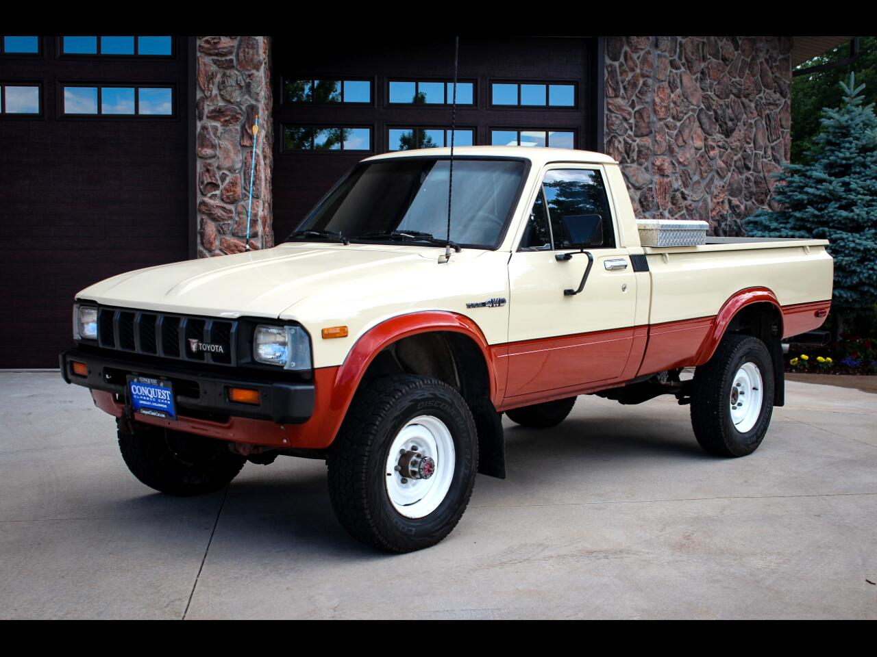 Toyota Pickup Deluxe Long Bed 4WD 1983