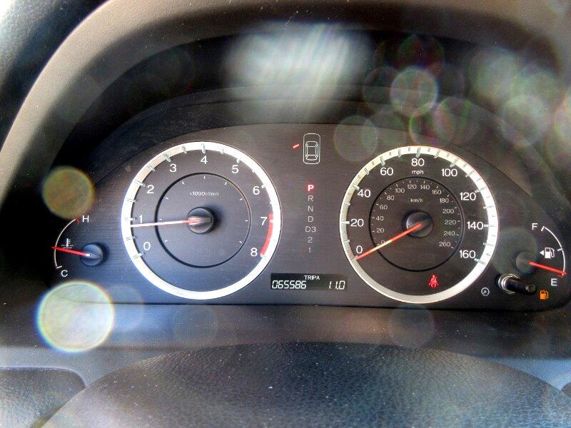 Honda Accord LX sedan AT 2012