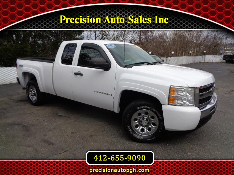 Chevrolet Silverado 1500 Work Truck Ext. Cab Short Box 4WD 2009