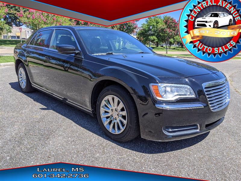 Chrysler 300 Base 2012