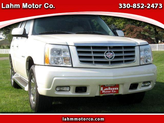 2005 Cadillac Escalade Base