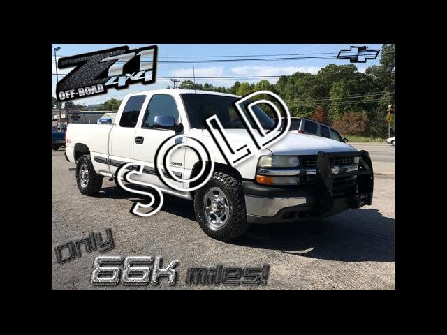 2000 Chevrolet Silverado 1500 4dr Ext. Cab 4WD LT