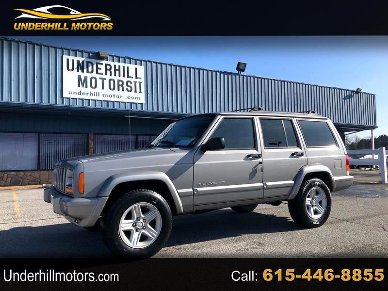 Jeep Cherokee Classic 4-Door 4WD 2001