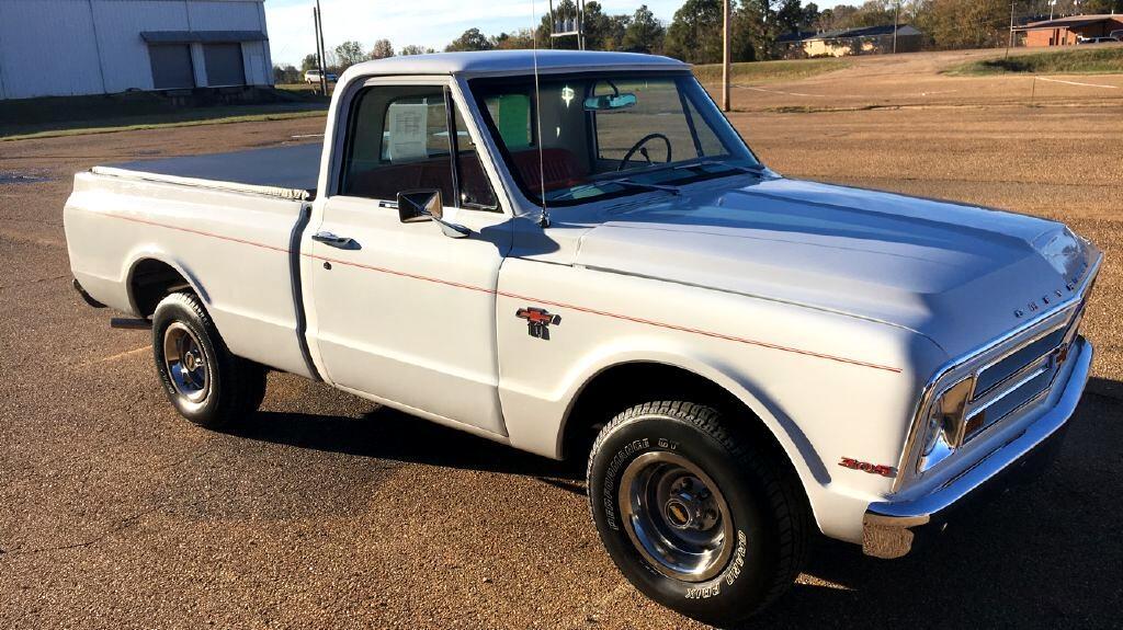 "1967 Chevrolet 1/2 Ton Pickups Fleetside 117.5"" WB, 2WD"