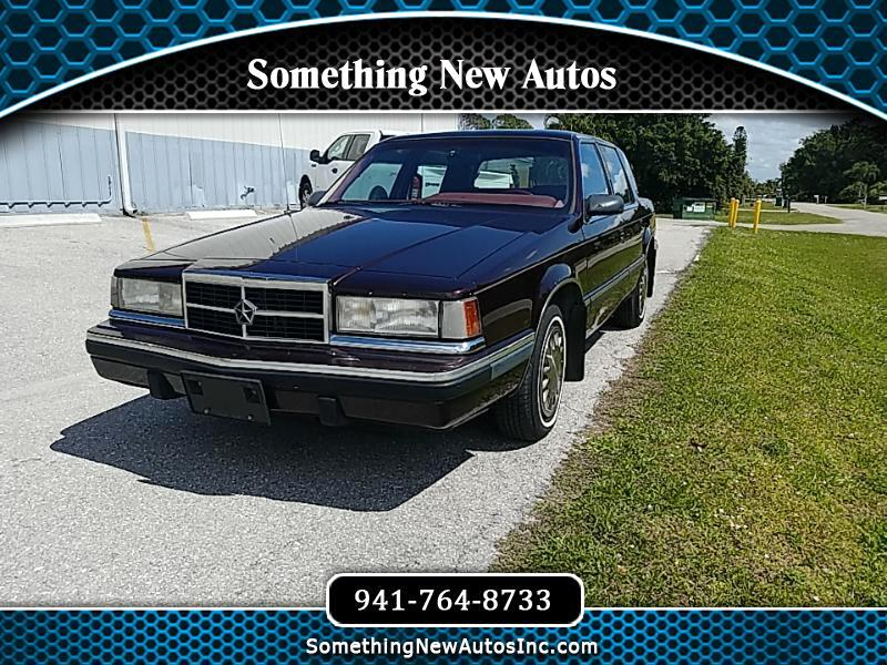 1993 Dodge Dynasty 4dr Sedan LE
