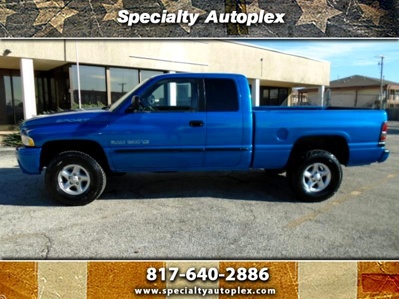 Dodge Ram 1500 Quad Cab Short Bed 4WD 2000