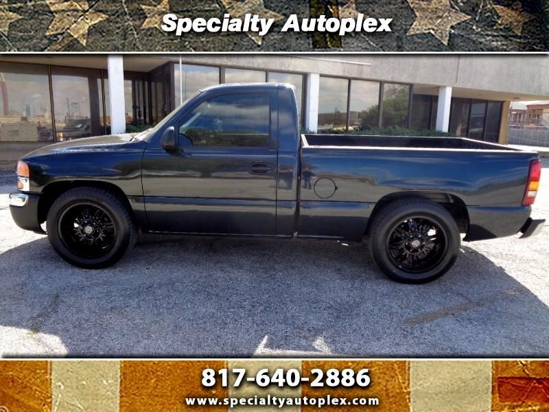 GMC Sierra 1500 Short Bed 2WD 2004
