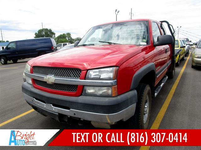 2004 Chevrolet Silverado 2500HD HEAVY DUTY 4X4 **NEEDS TRANS!