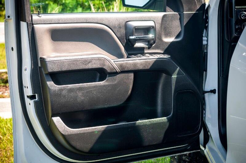 "Chevrolet Silverado 1500 4WD Double Cab 143.5"" LT w/1LT 2015"