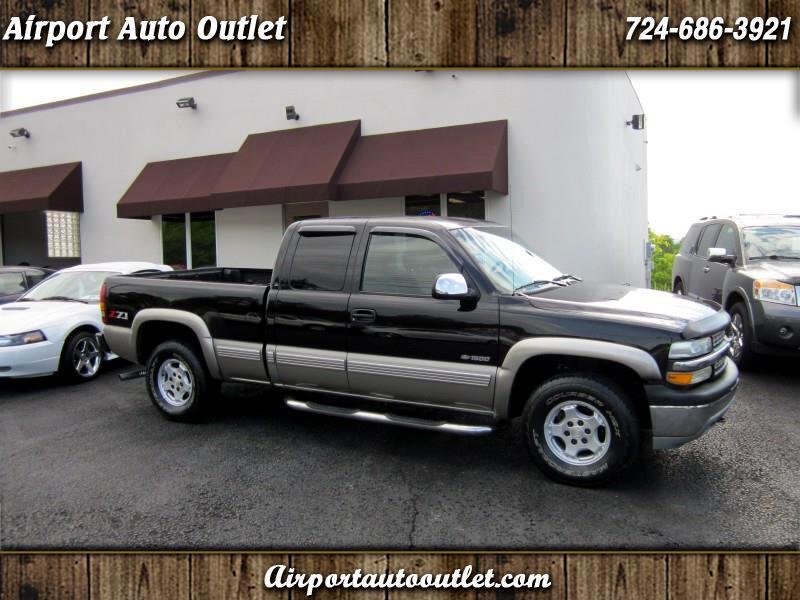 2002 Chevrolet Silverado 1500 LT Ext. Cab Short Bed 4WD