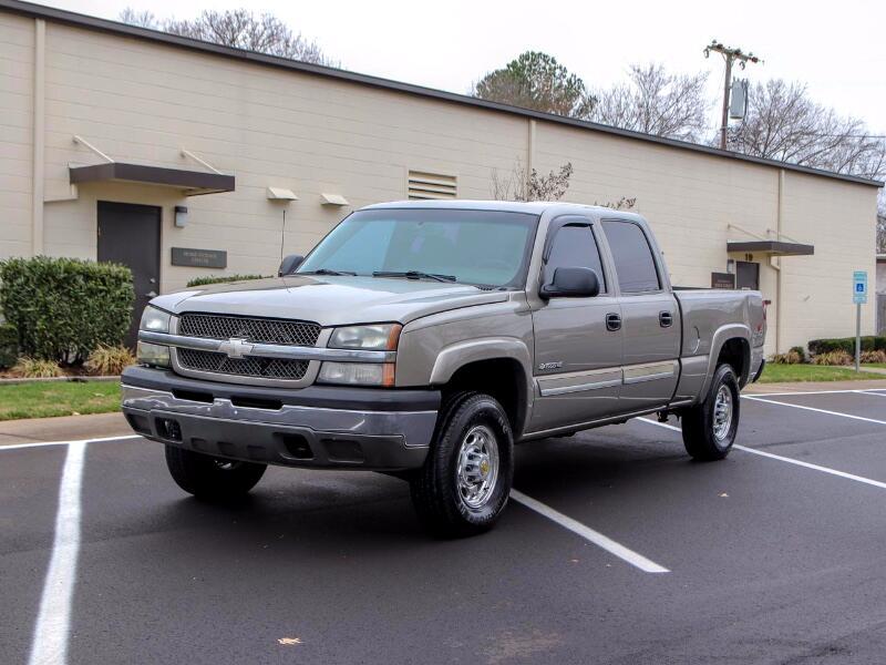 2003 Chevrolet Silverado 1500 HD LS Crew Cab 4WD