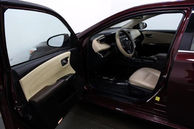 2015 Toyota Avalon Hybrid XLE Touring