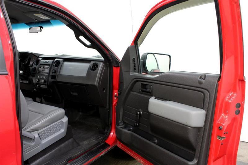 2012 Ford F-150 2WD Reg Cab 145