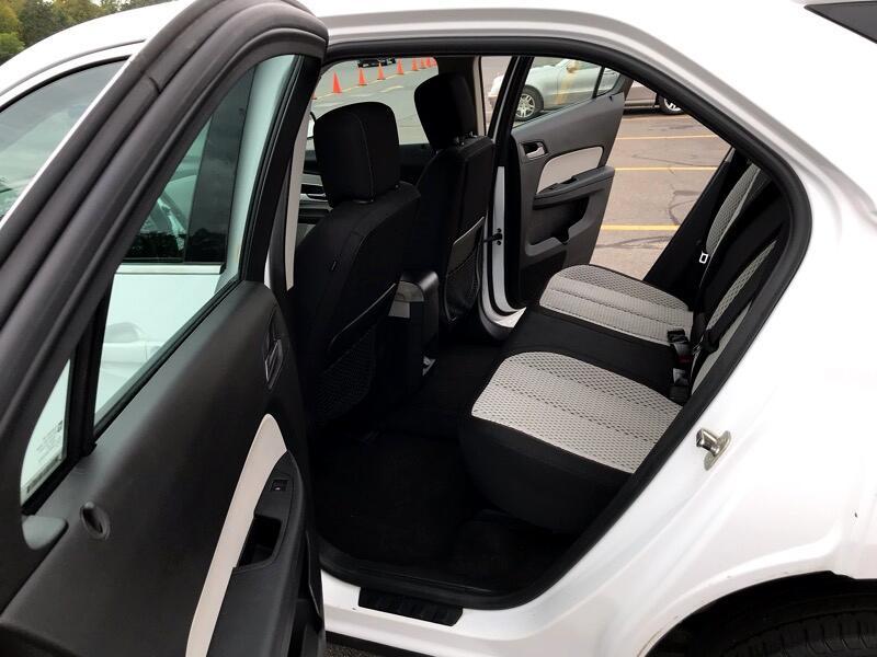 Chevrolet Equinox LS AWD 2011