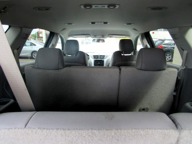 Chevrolet Traverse LS FWD 2010
