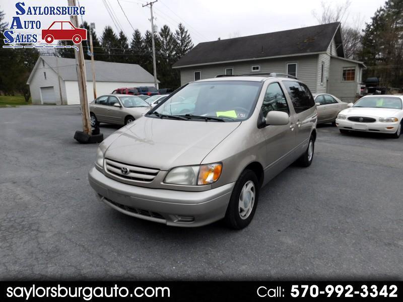 Toyota Sienna LE 2003
