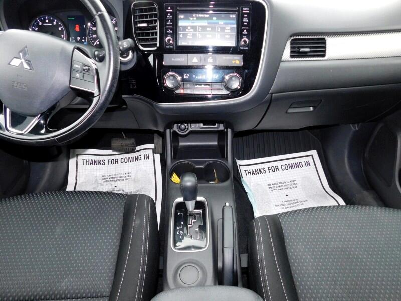 2016 Mitsubishi Outlander SE 2WD