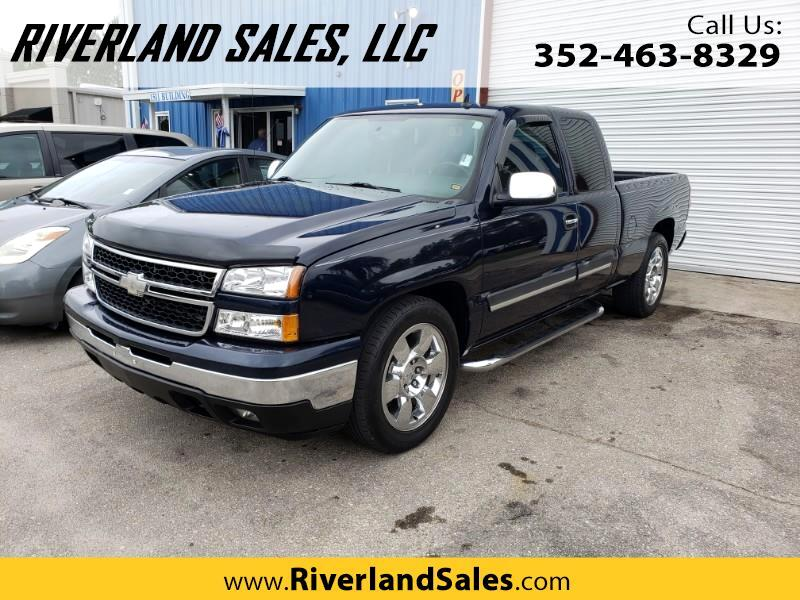 2007 Chevrolet Silverado Classic 1500 LT1 Ext. Cab Long Box 2WD