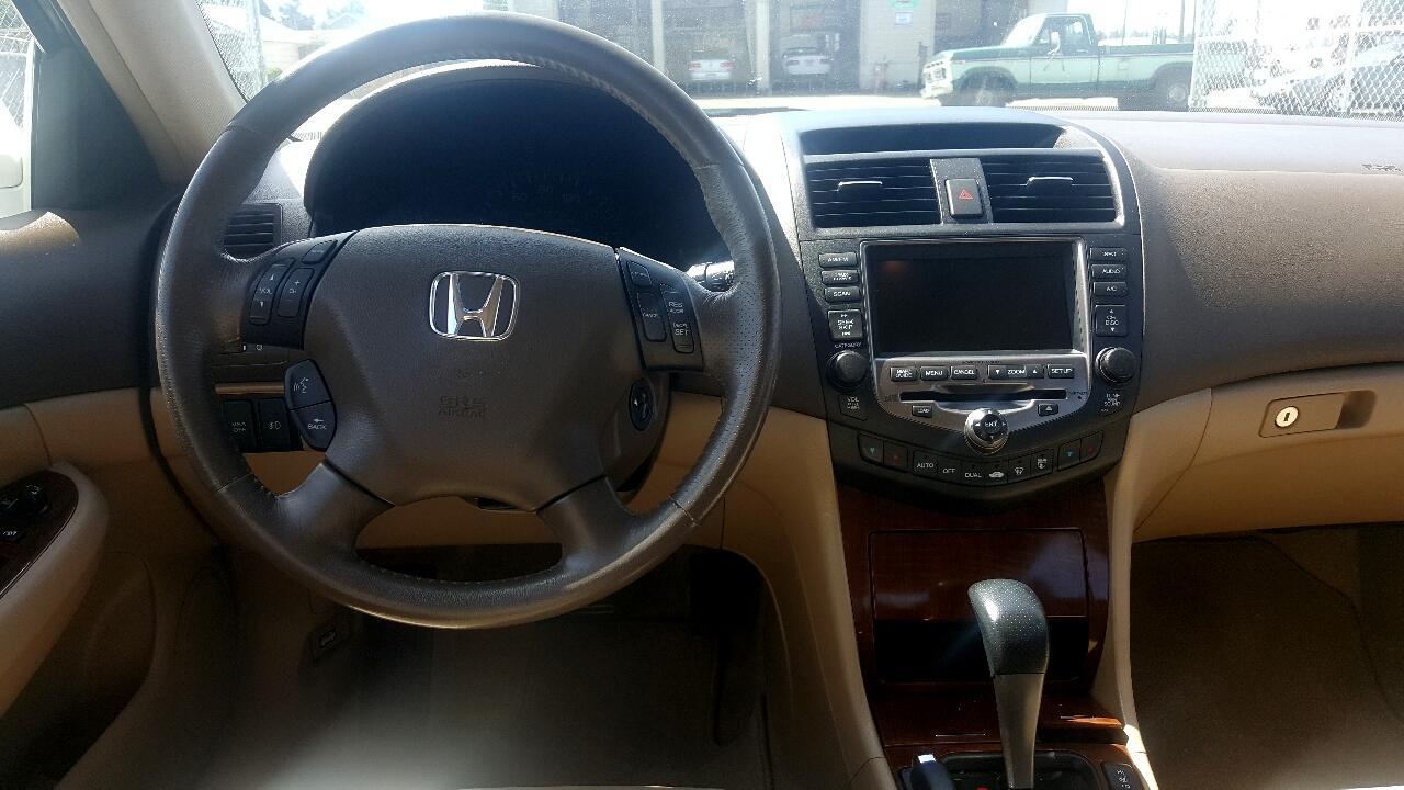 2006 Honda Accord Hybrid V6 5-Speed AT with Navigation System
