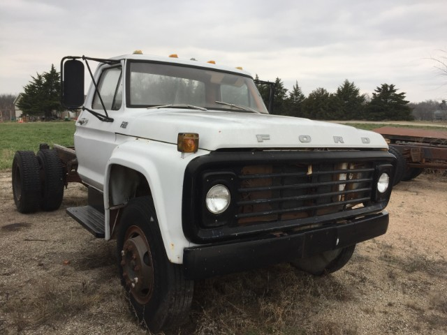 Ford F-750  1977