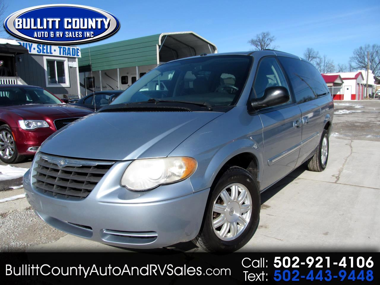 2006 Chrysler Town & Country LWB 4dr Touring