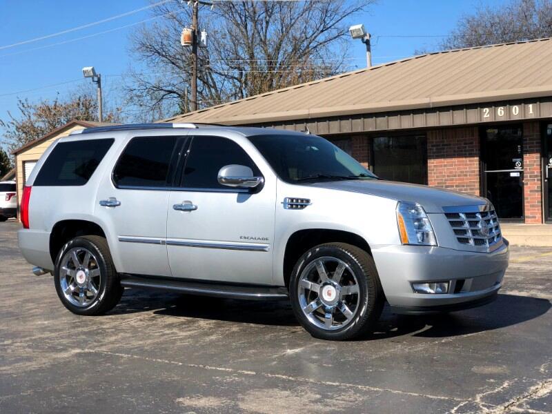 2012 Cadillac Escalade AWD Luxury