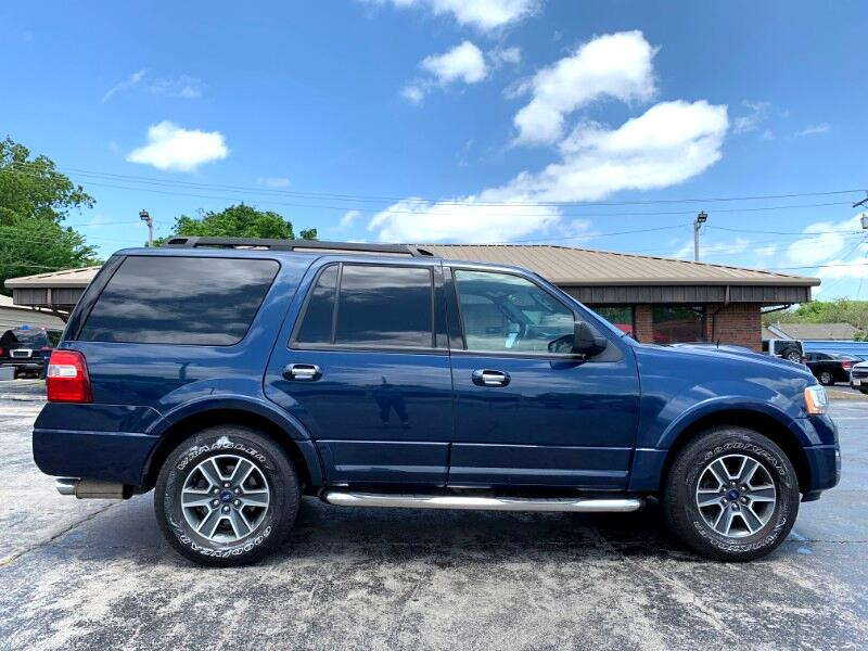 """Ford Expedition 119"""" WB XLT 4WD 2017"""