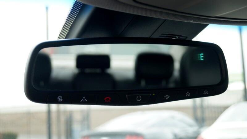 2015 Hyundai Genesis 3.8L Panoramic Roof