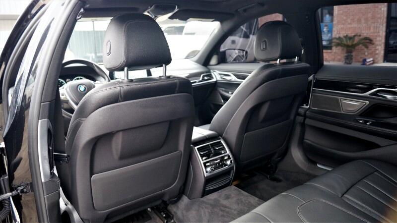 2017 BMW 7-Series 740i M Sport