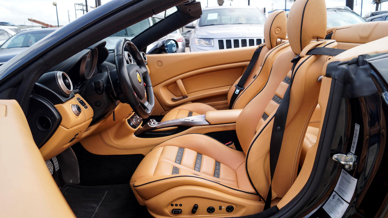 2011 Ferrari California Convertible