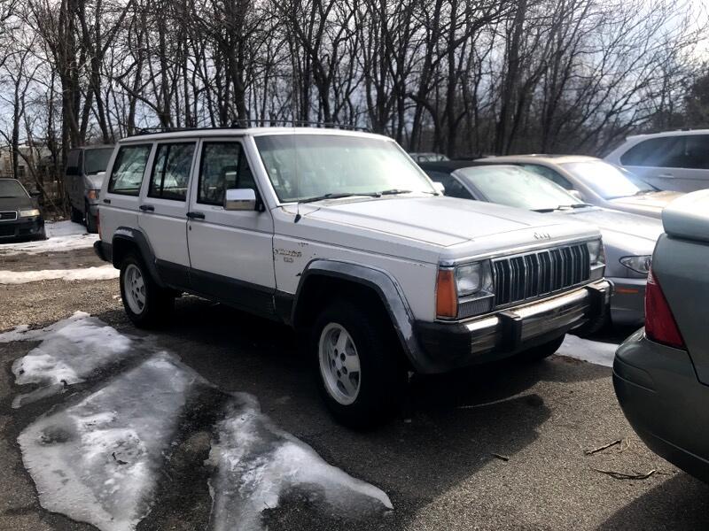 1990 Jeep Cherokee Laredo 4-Door 4WD