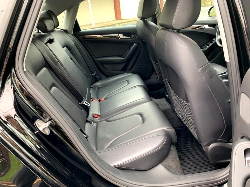 Audi A4 2.0T Sedan quattro Tiptronic 2013