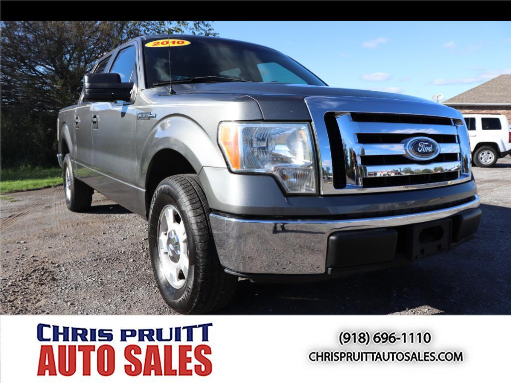 "2010 Ford F-150 2WD SuperCrew 139"" XLT"