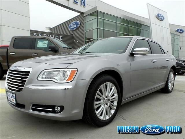 2014 Chrysler 300 Base AWD
