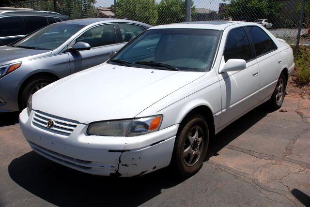 1997 Toyota Camry 4dr Sdn LE Auto