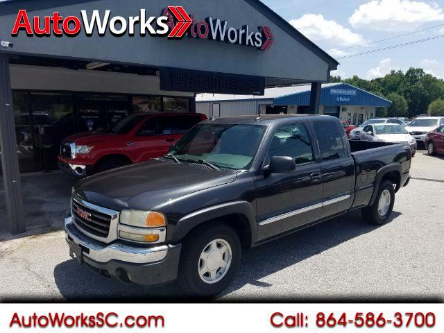 2004 GMC Sierra 1500 SLE Ext. Cab Short Bed 2WD