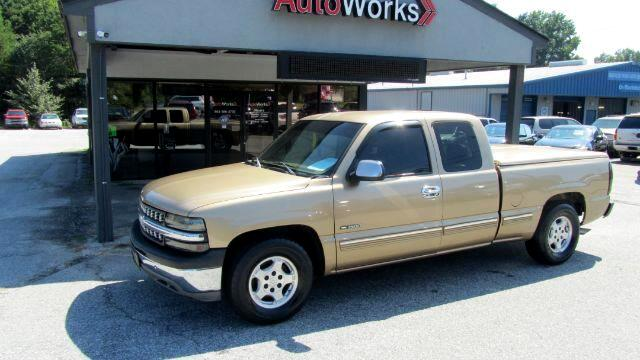 Chevrolet Silverado 1500 LT Ext. Cab Short Bed 2WD 1999