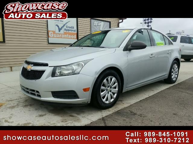 used 2011 chevrolet cruze 2ls for sale in chesaning mi 48616 showcase auto sales. Black Bedroom Furniture Sets. Home Design Ideas