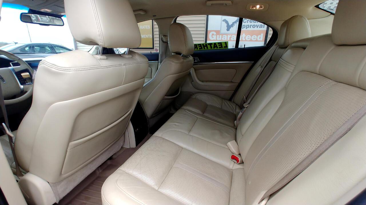 2009 Lincoln MKS 4dr Sdn FWD