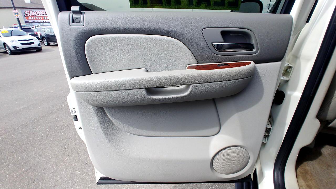 2011 Chevrolet Avalanche 4WD Crew Cab LTZ