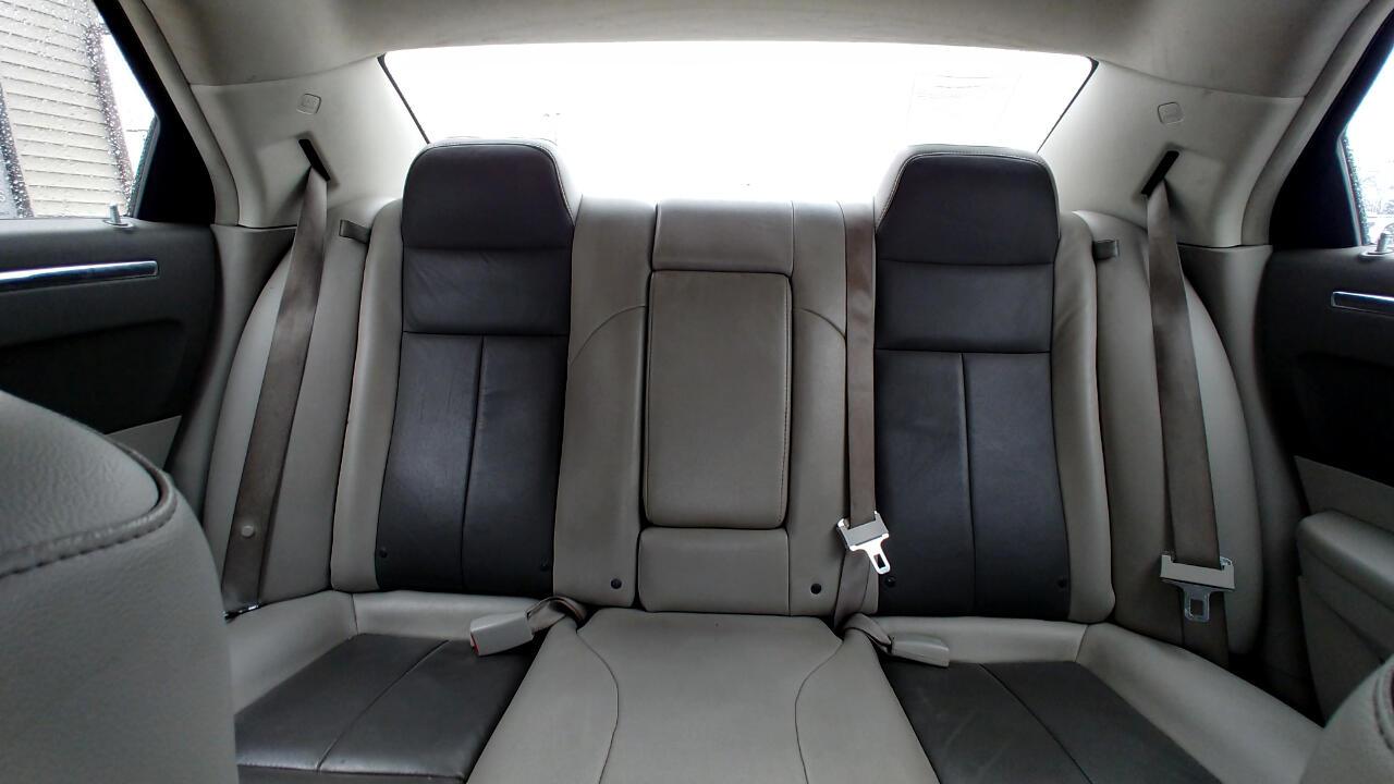 2008 Chrysler 300 4dr Sdn 300 Touring RWD