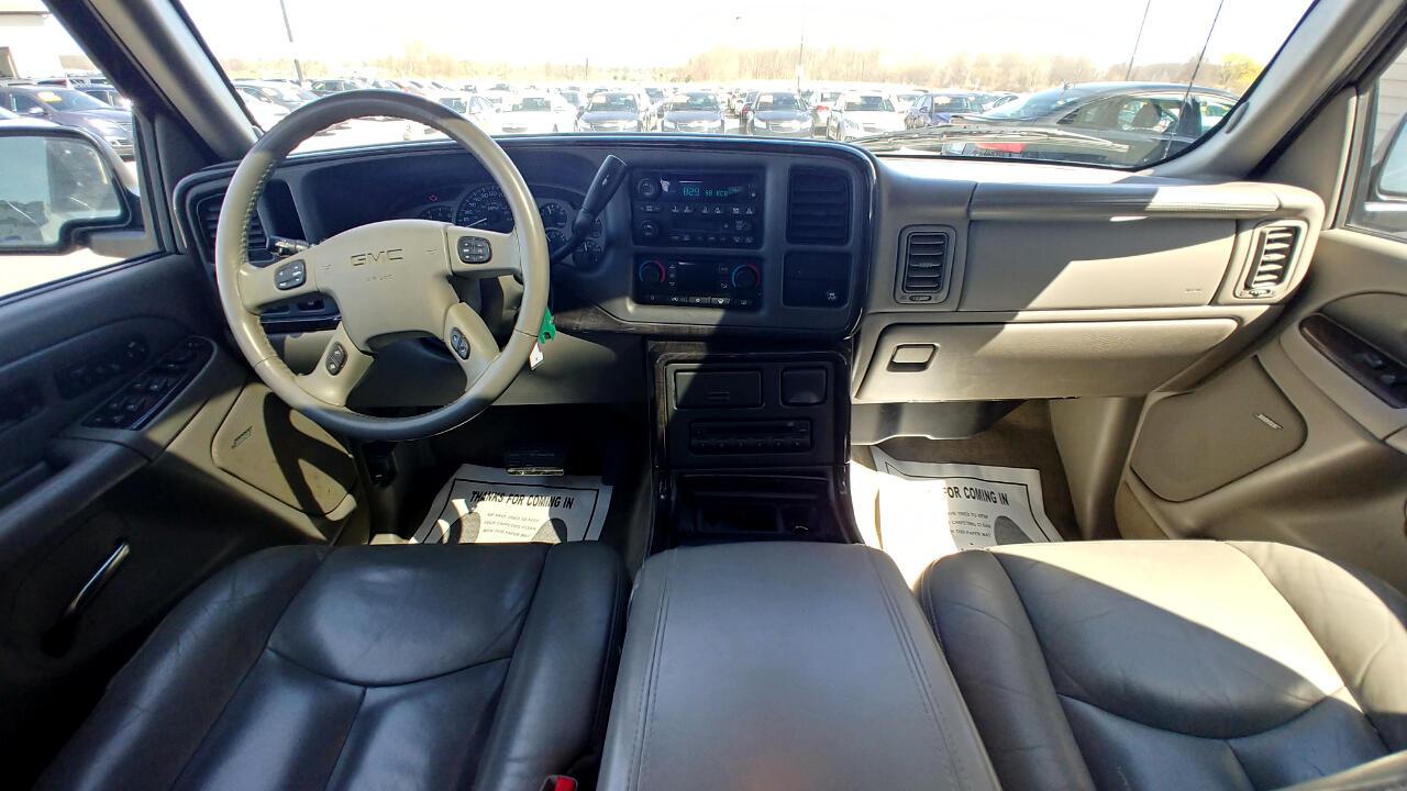 2005 GMC Yukon XL Denali 4dr 1500 AWD